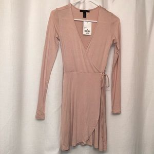 NWT Forever 21 wrap dress size small